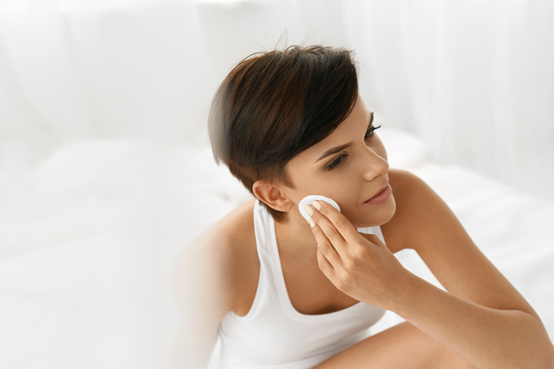 Tónico facial. Un producto que debes incluir ya en tu rutina de belleza